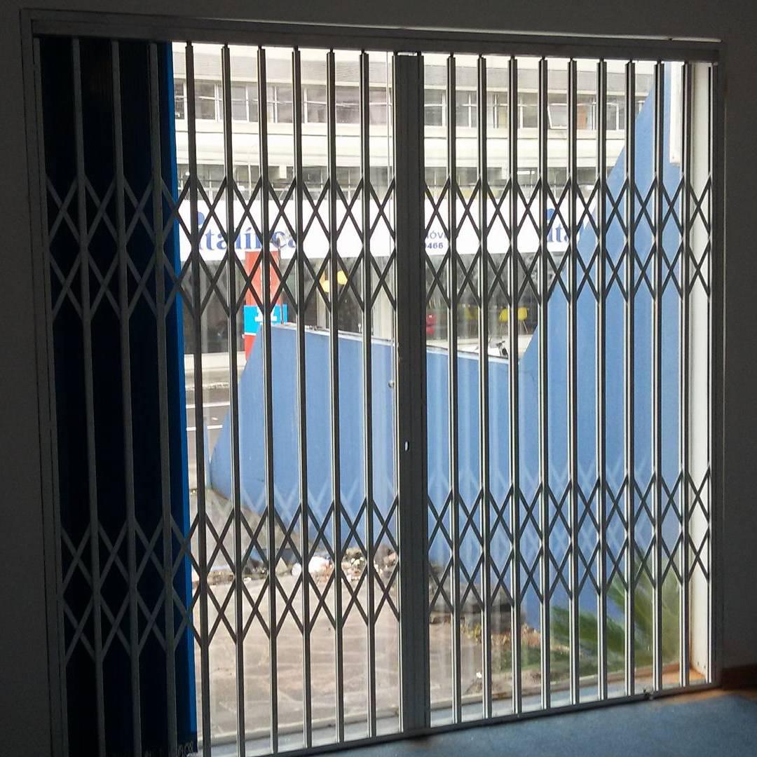 Portas e Pantográficas